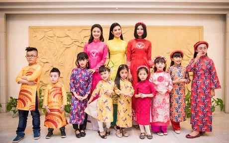 Hoa hau Thu Ngan trinh dien ao dai do Hoa hau Ngoc Han thiet ke - Anh 9