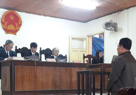 Hai nguoi lam oan ong Nguyen Thanh Chan xin giam an - Anh 1