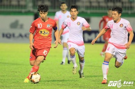 Hon 500 ngay tit ngoi tai V-League cua Cong Phuong - Anh 1