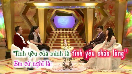 "Hong Van – Quoc Thuan cuoi nghieng nga vi doi ""vo chong chao long"". - Anh 1"