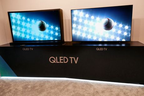 TV Samsung QLED va LG OLED khac nhau nhu the nao? - Anh 4
