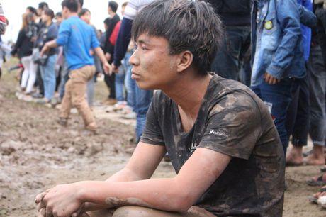 Phu Tho: Hoi phet Hien Quan 'vo tran' ngay nhung giay phut dau tien - Anh 8