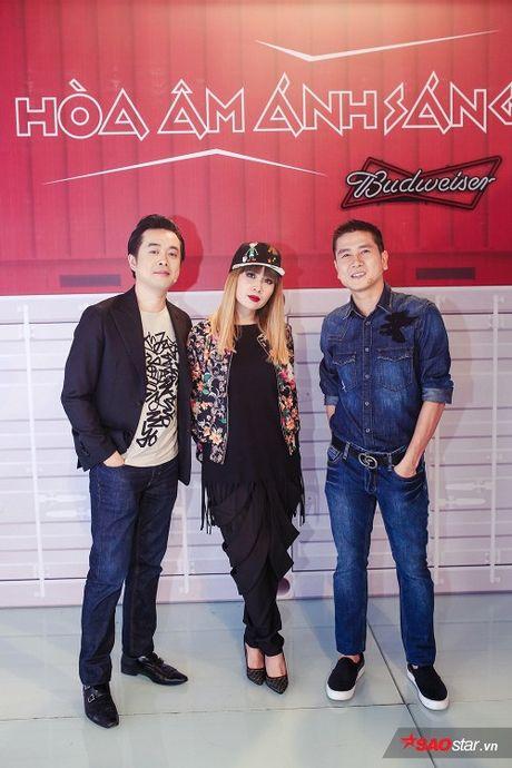Bo 3 giam khao quyen luc cung Vu Cat Tuong 'chat lu' trong dem thi Do thi - Remix New Generation - Anh 4