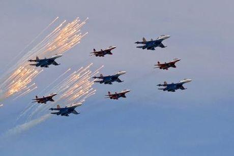 Khi nao Nga se dung khong quan o Donbass? - Anh 1