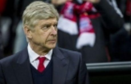 HLV Wenger se bi hoc tro lam phan? - Anh 2
