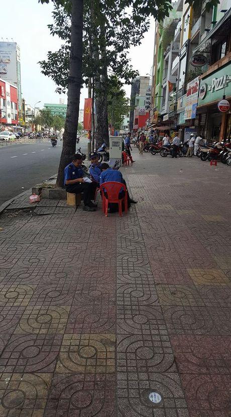 TP HCM: Nam thanh nien thiet mang vi bi danh, hay tu nga tu mai nha xuong dat? - Anh 3