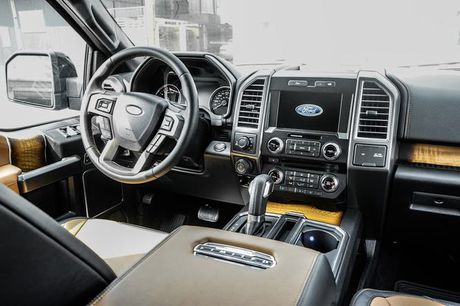 Ford F-150 Limited 2017 hop so 10 cap ve Viet Nam - Anh 4