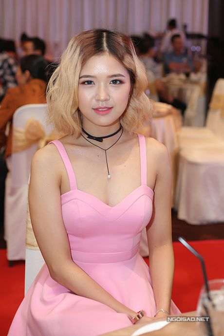 Bau 8 thang, Pham Quynh Anh van tat bat o su kien - Anh 16