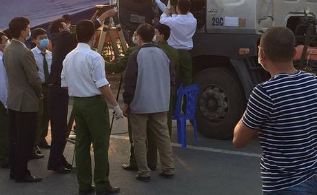 Xac dinh duoc danh tinh nguoi dan ong chet nhieu ngay trong cabin xe tai o Bac Ninh - Anh 2