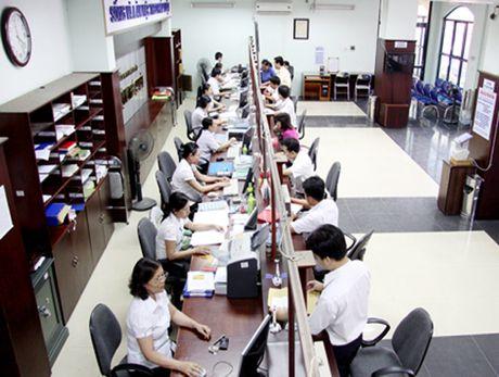 Pho Thu tuong Vu Duc Dam: 'Phaitrien khai cung cap dich vu cong truc tuyen mot cach dong bo' - Anh 1