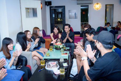 Ban gai chuc mung MV cua Slim V dat gan 2 trieu views - Anh 1