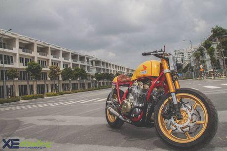 Honda CB750F do cafe racer cuc chat voi tong vang cam Repsol o Sai Gon - Anh 13