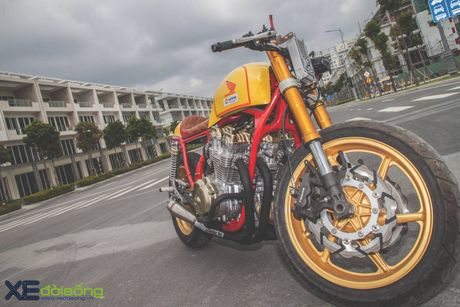 Honda CB750F do cafe racer cuc chat voi tong vang cam Repsol o Sai Gon - Anh 14