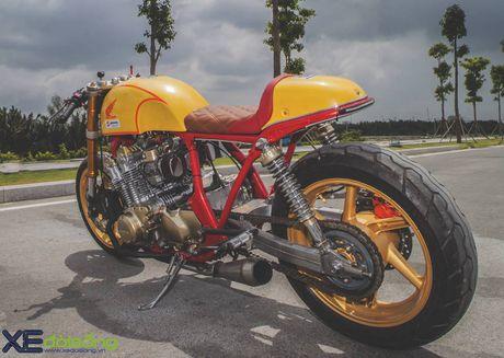 Honda CB750F do cafe racer cuc chat voi tong vang cam Repsol o Sai Gon - Anh 2