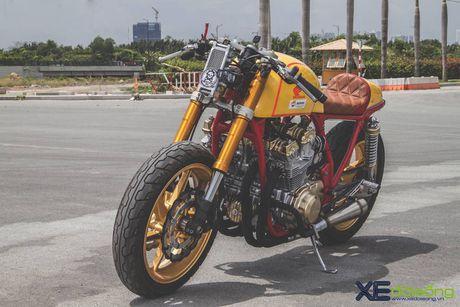 Honda CB750F do cafe racer cuc chat voi tong vang cam Repsol o Sai Gon - Anh 3
