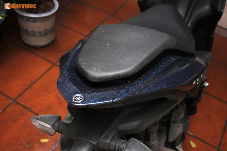 Cam lai xe tay ga Yamaha NVX 'loi' tai Viet Nam - Anh 5