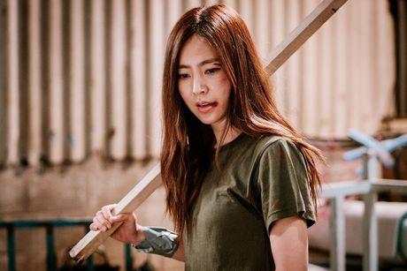 'Nu hoang noi y' Han doi dau voi nguoi dep khong tuoi trong phim hanh dong moi - Anh 4