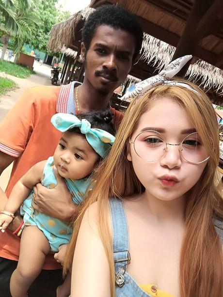 Chang trai den nhem van cuoi duoc vo xinh nhu hot girl - Anh 1