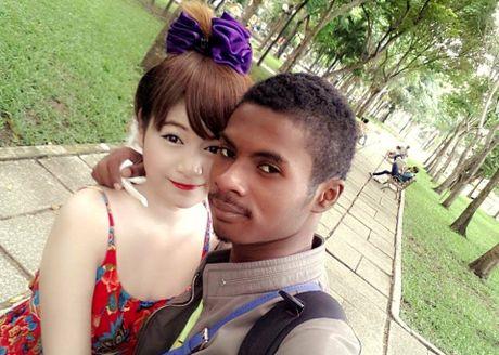 Chang trai den nhem van cuoi duoc vo xinh nhu hot girl - Anh 6