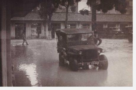 Loat anh it nguoi biet ve Ha Noi nam 1950 (2) - Anh 7