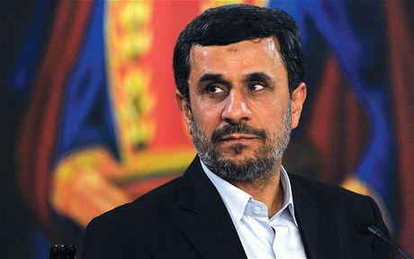 Ly do ong Mahmoud Ahmadinejad khong duoc tham gia tranh cu Tong thong Iran - Anh 1