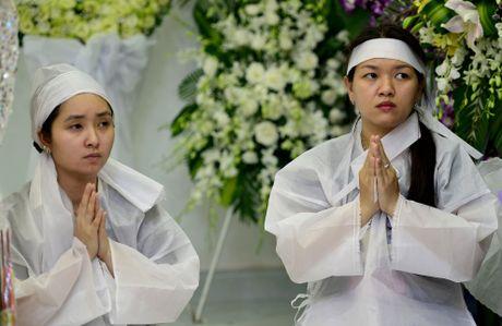 Nghe si Viet den vieng NSUT Thanh Sang - Anh 16