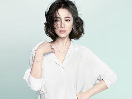 'Song Hye Kyo da bi doa tat a xit va bi tong tien hang ti dong' - Anh 2