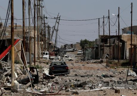 Chum anh giai phong Mosul: Phien quan IS 'ca nam tren thot' - Anh 6