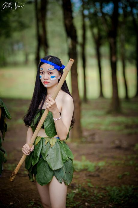 Teen Binh Phuoc 'hoa than' thanh tho dan trong anh ky yeu - Anh 8