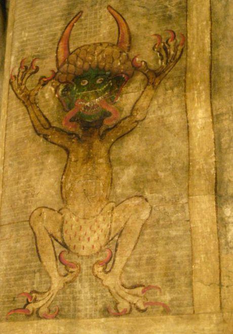 Bi an la lung trong cuon sach duoc viet boi quy Satan - Anh 2