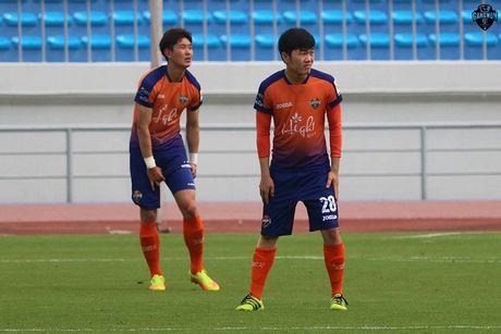 Xuan Truong mo nhat, Gangwon thua doi bong hang 2 - Anh 2
