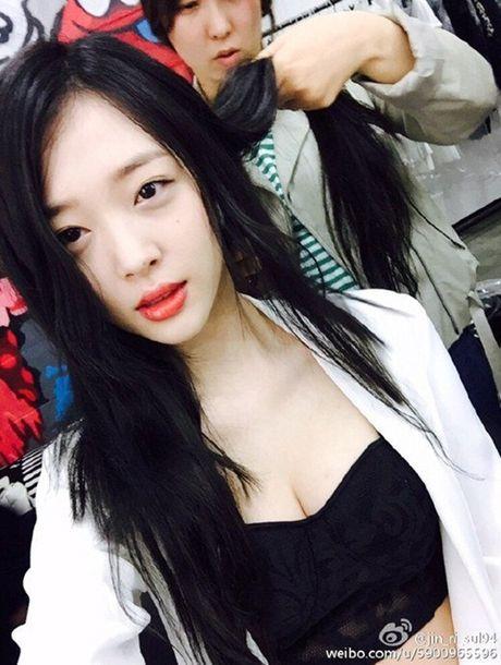 Sulli, Seolhyun cang 'noi nhu con' sau nhieu scandal nho xinh dep hon nguoi - Anh 5