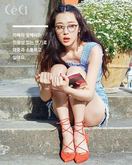 Sulli, Seolhyun cang 'noi nhu con' sau nhieu scandal nho xinh dep hon nguoi - Anh 7