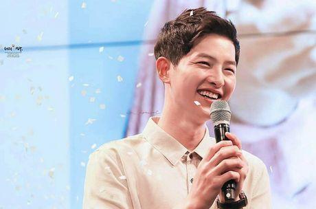 Song Hye Kyo tang can mum mim, Song Joong Ki cung khong chiu thua quyet beo len - Anh 4