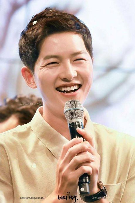 Song Hye Kyo tang can mum mim, Song Joong Ki cung khong chiu thua quyet beo len - Anh 5