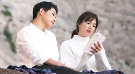 Song Hye Kyo tang can mum mim, Song Joong Ki cung khong chiu thua quyet beo len - Anh 6