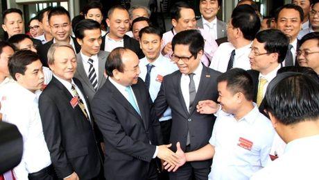 Lanh dao Chinh phu lang nghe y kien, de xuat cua doanh nghiep - Anh 1