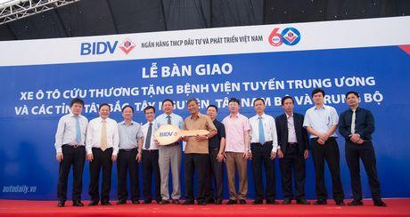 An Phu Thanh ban giao 46 xe cuu thuong cho cac benh vien tren toan quoc - Anh 5