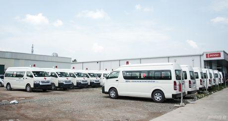 An Phu Thanh ban giao 46 xe cuu thuong cho cac benh vien tren toan quoc - Anh 7