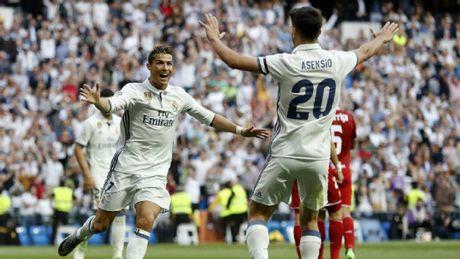 """Mot minh Ronaldo """"ganh doi"""": Real san sang am cu dup - Anh 1"""