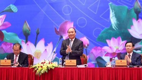 Thu tuong Nguyen Xuan Phuc doi thoai voi 2000 doanh nghiep - Anh 3