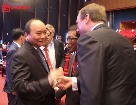 Thu tuong Nguyen Xuan Phuc doi thoai voi 2000 doanh nghiep - Anh 4