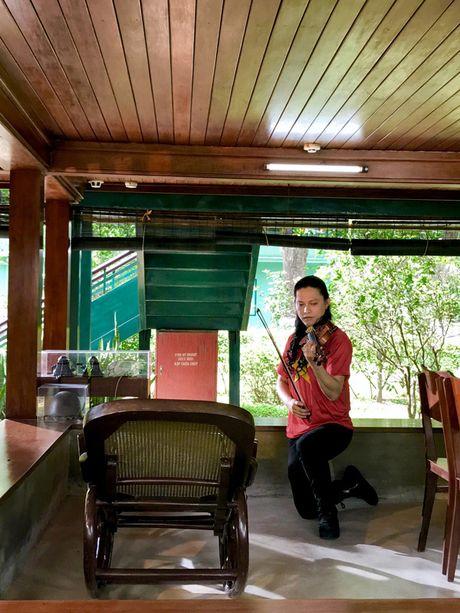 Ra mat MV 'Nhu co Bac Ho trong ngay vui dai thang' voi cach phoi khi hoan toan moi - Anh 2