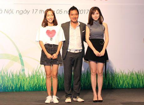 Cuu danh thu Hong Son tiep tuc sanh vai cung hotgirl Tu Linh - Anh 2