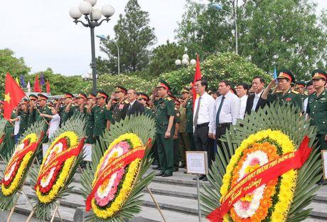Quang Tri: Don 21 hai cot liet si hi sinh tren dat ban Lao ve dat me - Anh 2