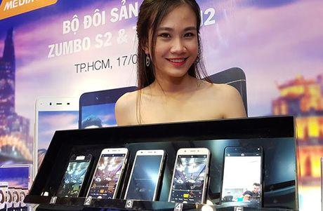 Thuong hieu Viet Mobiistar danh chiem phan khuc tam thap bang bo doi selfie 13MP - Anh 1