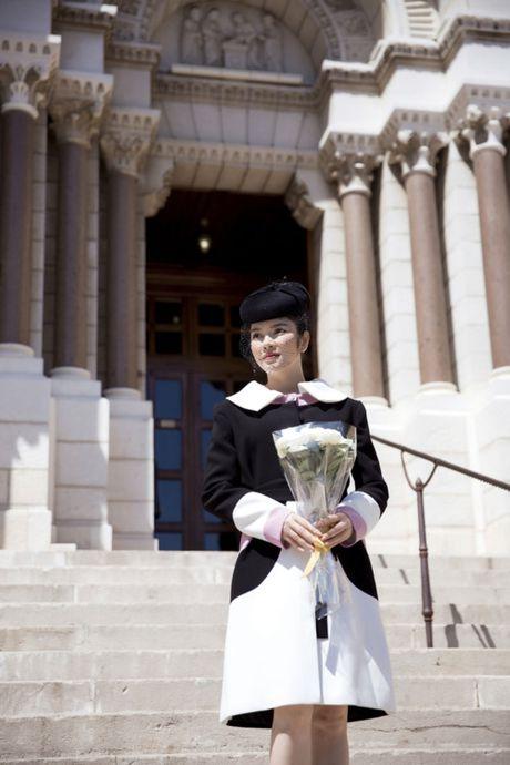 Vua den Phap, Ly Nha Ky voi den vieng mo Cong nuong Grace Kelly - Anh 7
