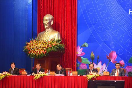 Bi thu TP Hai Phong khong nhan duoc cuoc dien thoai hay tin nhan nao tu bau De - Anh 1