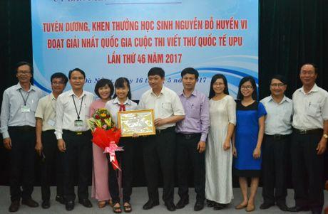 Khen thuong nu sinh viet thu cho tong thu ky Lien Hop Quoc - Anh 1