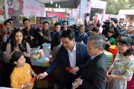 Chao mung Dai hoi dai bieu Hoi Xuat ban Viet Nam lan thu IV - Anh 5